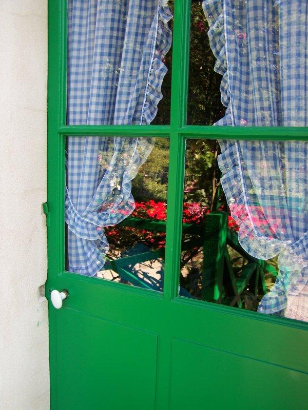Rideau de porte fenetre for Rideau porte fenetre coulissante