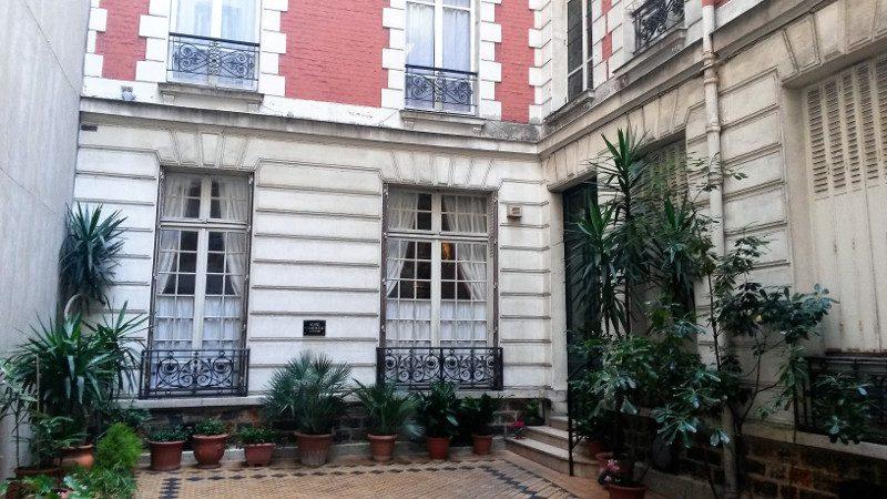 Entree du musee Clemenceau à Paris