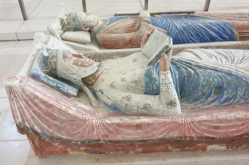 Le gisant d'Aliénor